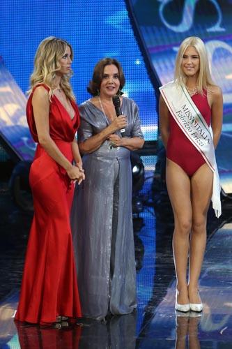 Miss Italia, assegnata la fascia dedicata a Fabrizio Frizzi