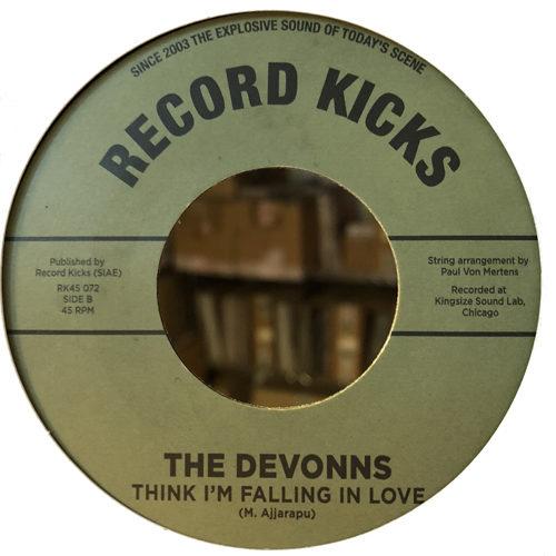 Think I'm Falling In Love, il nuovo singolo dei The Devonns