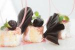 Rollatina con crema di ricotta al mandarino e confettura di ciliegie selvatiche