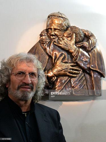 """""""Sentimento e Materia"""", il Maestro Ignazio Colagrossi e i suoi 23 anni di impegno nell'arte"""