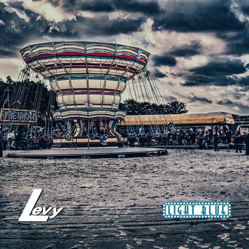 """""""Light Blue"""" è il nuovo album dei Levy"""