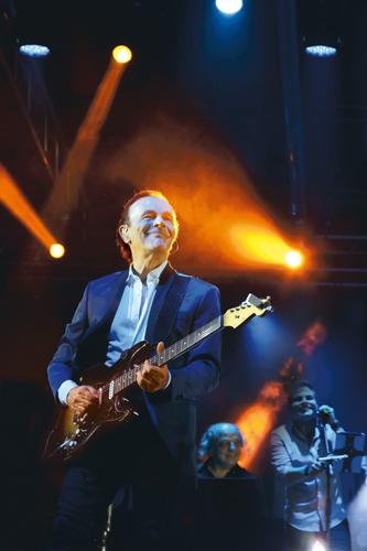 """Dodi Battaglia: dopo il successo delle prima tappe di """"Perle – Mondi senza età"""", registra il live del tour!"""
