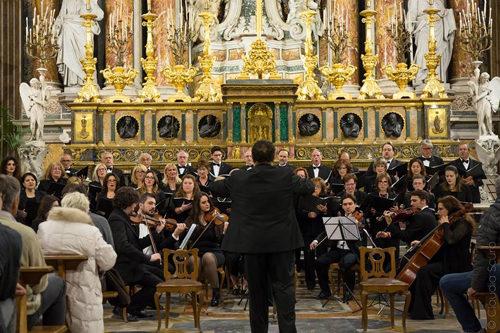 Al via Armonie del Natale del Coro Polifonico Flegreo alla Chiesa San Ferdinando in piazza Trieste e Trento Napoli