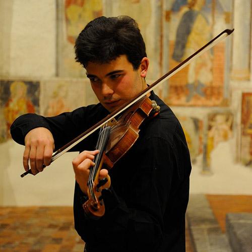 Atelier Musicale. Dal Settecento alla contemporaneità con il violino solo di Roberto Arnoldi alla Camera del Lavoro di Milano