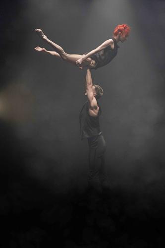 Dance Me: Leonard Cohen secondo il Ballets Jazz De Montréal