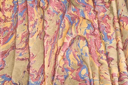 Colori fluttuanti: la carta marmorizzata tra Oriente e Occidente