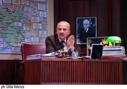 Carlo Buccirosso in Colpo di scena al Teatro Traiano di Civitavecchia