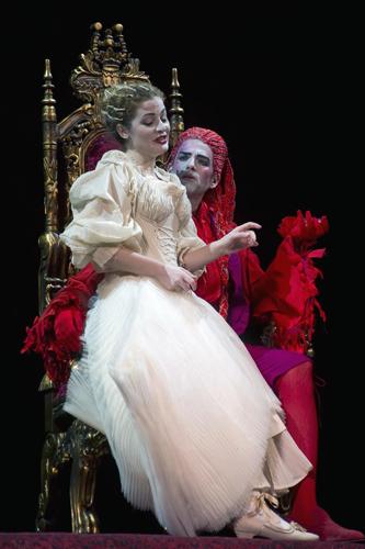 Gli intrecci amorosi de Le nozze di Figaro al Teatro Alighieri di Ravenna