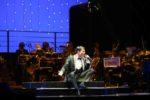 Sal Da Vinci in Sinfonie in Sal Maggiore. 50 musicisti diretti dal Maestro Adriano Pennino al Brancaccio di Roma