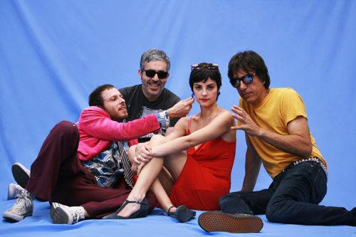 Sound Of Holiday, il primo video clip dei Lora & The Stalkers estratto dal disco d'esordio