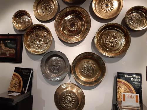 Dalla Norimberga del '400 a Padova i piatti elemosinieri. In Fiera a Padova Antiquaria