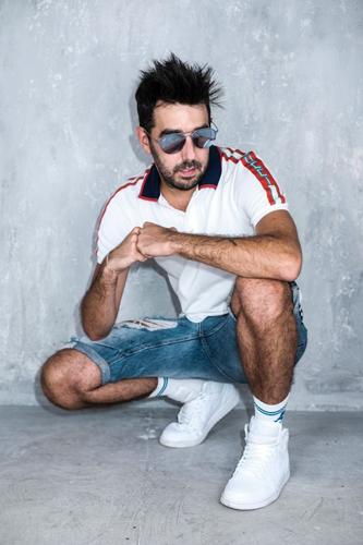"""DJ MATRIX: è online il nuovo video """"Veronica"""""""