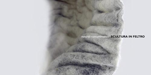 Scultura in feltro – naturali contaminazioni, la mostra a la Sinopia Galleria di Roma