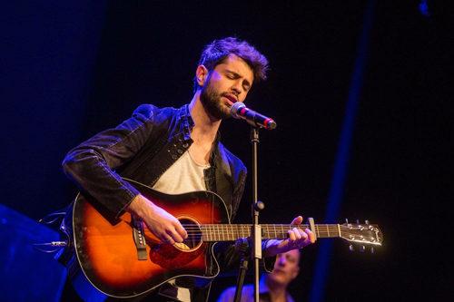"""""""Le vie del centro"""" è il titolo del nuovo singolo del cantautore Donato Santoianni, in uscita in digital download e in radio"""