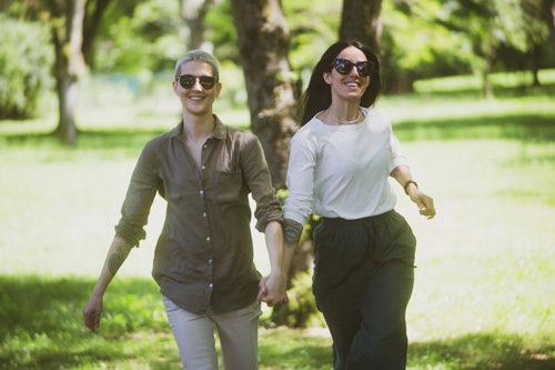 """Oggi escono singolo e videoclip di """"Felici in due"""" di Antonella Lo Coco, brano dedicato alla compagna Elisa Paolini"""
