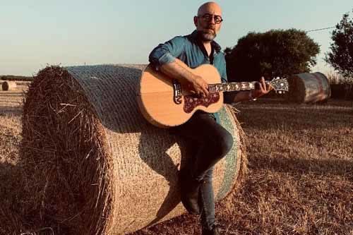"""""""In bilico sulle nostre emozioni"""", il nuovo album di inediti del musicista e cantautore pugliese Fabio Milella"""