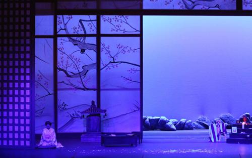 Al Teatro degli Arcimboldi di Milano la lirica nel segno della tradizione con Traviata e Madama Butterfly