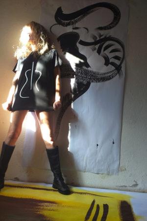 Tapnoise, una collezione di t-shirts dal design minimal, ispirato a strumenti musicali, ideata da Sara Pittavini