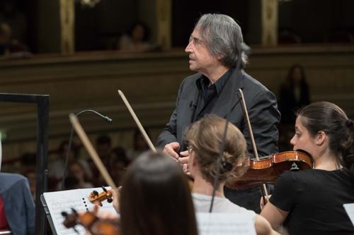 Riccardo Muti dirige le Nozze di Figaro in concerto