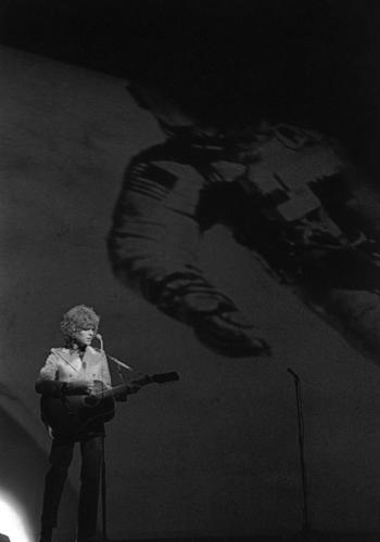 """David Bowie: """"Space Oddity x Unlock The Moon Experience"""" il sito web lanciato in congiunzione con il 50esimo anniversario dello sbarco sulla Luna"""