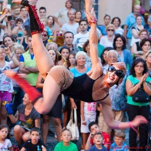 Festival TolfArte inaugura il percorso artistico di 1500 metri con oltre 150 spettacoli in 3 giorni