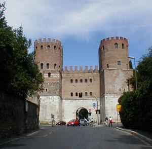 Porta San Sebastiano, la porta più bella delle mura romane