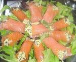 Involtini di salmone e caviale