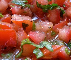 Filetti di manzo al pomodoro crudo
