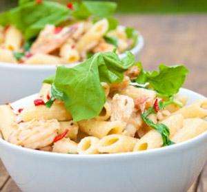 Salmone e gamberetti per condire la pasta