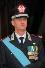 Cerimonia di consegna onorificenze ed encomi a militari dell'arma della Legione Lazio