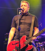 Peter Hook performs Joy Division all'Estragon di Bologna