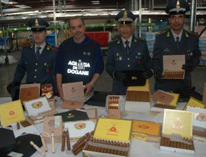 Aeroporto di Fiumicino, sequestrata oltre una tonnellata di sigari cubani contraffatti