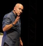 Maurizio Battista con lo spettacolo Le mejo serate al Parco del Celio di Roma