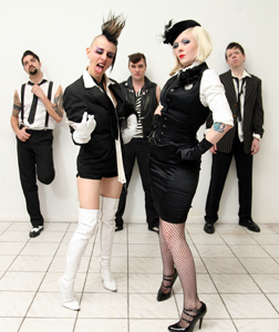 I Kamikaze Queens approdano al BOtanique di Bologna