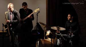 Cristiano Stocchetti Trio presenta Travels