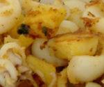 Seppioline sfiziose al forno con patate