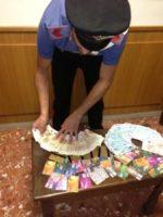 Via Veneto – Due bulgari bloccati dai carabinieri mentre prelevano denaro  dal bancomat con carta clonata