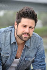 Daniele Ronda vince il Premioenriquez 2014- Città Di Stirolo con l'album La rivoluzione