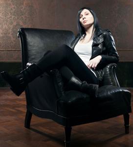 Duramadre, il primo disco solista di Eva, la voce dei Prozac è in uscita
