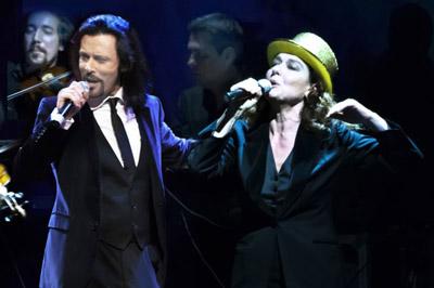 Monica Guerritore e Giovanni Nuti, … Mentre rubavo la vita…! A dicembre cantano la passione incandescente di Alda Merini sul palco del Teatro Verdi di Fiorenzuola d'Arda