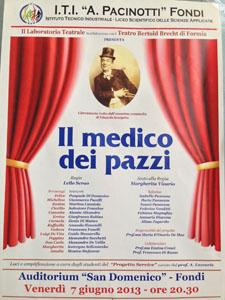 Il medico dei pazzi, lo spettacolo in scena al Teatro Bertolt Brecht di Formia