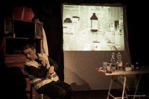 Il regalo rotto, per riflettere con il sorriso sulla disabilita', lo spettacolo in scena al Teatro Remigio Paone