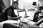 Il Grande Abarasse, il nuovo album di inediti di John De Leo è in uscita a breve