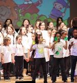 I piccoli cantori di Milano cantano Gaber