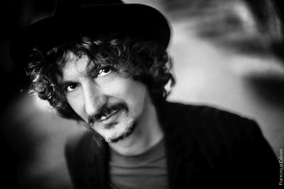 Sergio Cammariere al via dal Teatro Petruzzelli di Bari la nuova tournée teatrale poi Bologna, Roma, Milano, Barletta, Napoli
