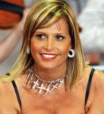 Simona Ventura battitore d'asta d'eccezione per una grande serata evento