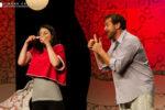 Una coppia in provetta, la commedia di Gianluca Tocci in scena al Teatro De' Servi di Roma