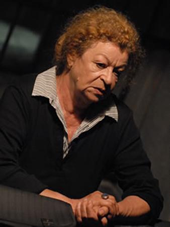 I taccuini di Mosella Fitch di Stefano Massini con Barbara Valmorin in scena al Teatro Due Roma