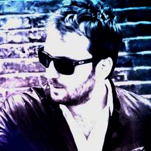 I love you, il nuovo singolo di Cesare Cremonini approda in radio e al via il Cesare Cremonini Live 2013 al Foro Italico di Roma