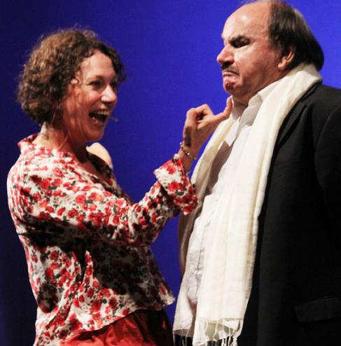 Coppia aperta quasi spalancata, lo spettacolo in scena al Teatro Remigio Paone di Formia